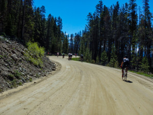 Climbing the dirt road of Cottonwood Pass
